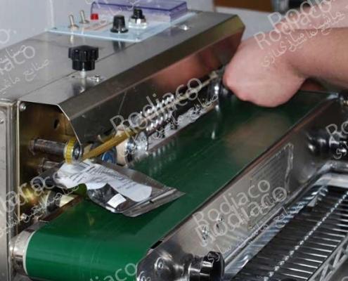 دستگاه دوخت ریلی بسته بندی فویل آلومینیوم