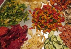 بازار کار میوه خشک در ایران و جهان